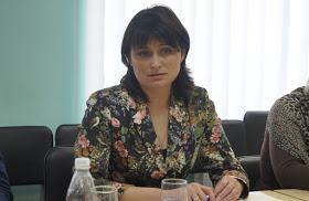 Замминистра АПК Елена Ковалева вместо ареста раздает интервью и отмазывает свою подопечную – взяточницу
