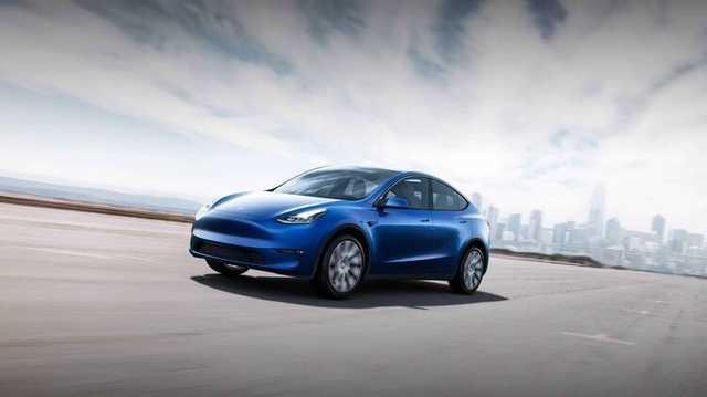 Tesla отзывает более 10 тысяч автомобилей, у которых сносит крышу