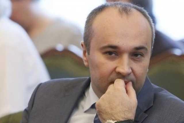 Депутат-казнокрад Борис Приходько намагається знищити документи важливі для суду