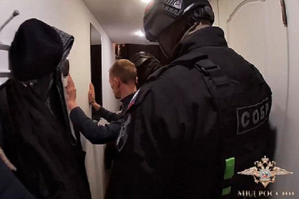 В Петербурге задержали банду «рэперов-электриков»
